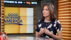"GOOD MORNING AMERICA - Amanda Knox is a guest on ""Good Morning America,"" Thursday, September 29, 2016, airing on the ABC Television Network. (Photo by Lou Rocco/ABC via Getty Images) AMANDA KNOX"